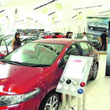 Car dealers to remove warranty restrictions to allow independent workshops to compete