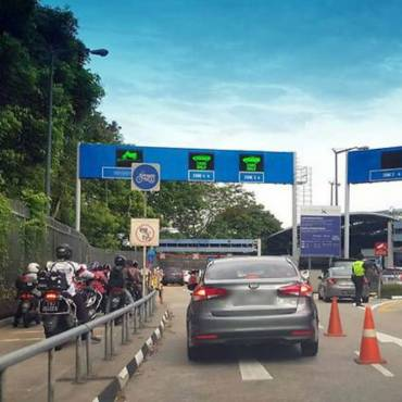 Travellers should avoid Woodlands Checkpoint early Thursday: ICA